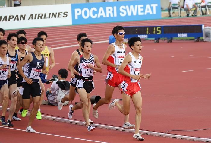 19日本選手権5000m①.JPG